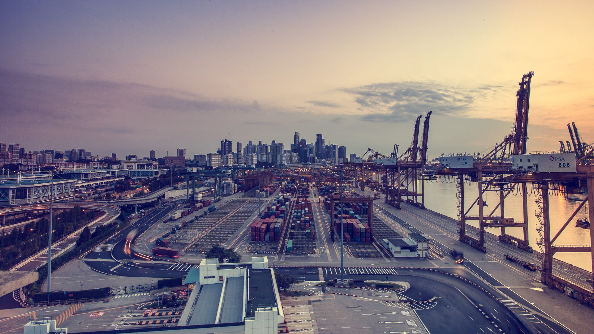 De Rijke Logistics - Harbor.jpg