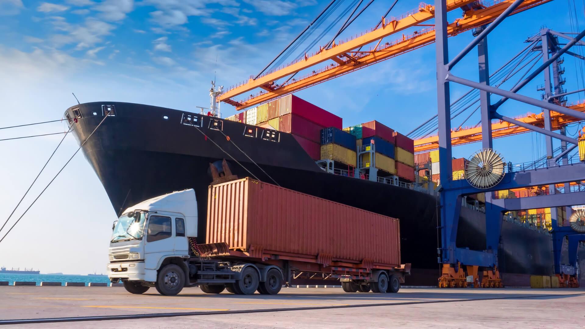De Rijke Logistics - Transportation truck boat harbor.jpg